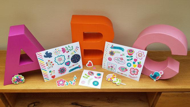 "Deko-Sticker ""flowers & dots"" aus dem Verlag moses."