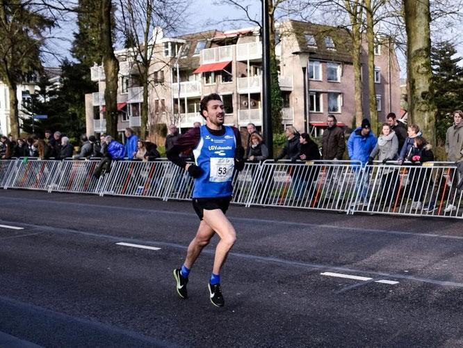 Andreas Keil- Forneck bestätigt beim Osterlauf in Eupen seine starke Form