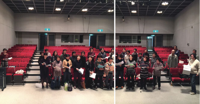 前半は十鳥横笛(左)も参加した合唱練習/小嶋彩子pf