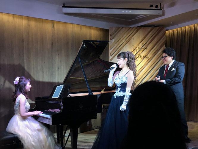 ピアノは藤本さえ子さん、十鳥可奈子さんと板東達也氏