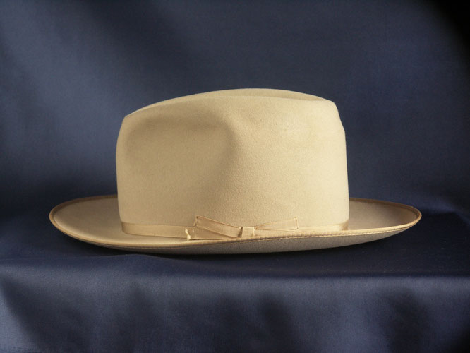 ROYAL STETSON  openroad light brown 1950's side view