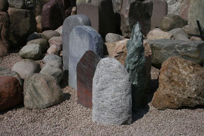 Findlinge und Felsen in unserer Ausstellung