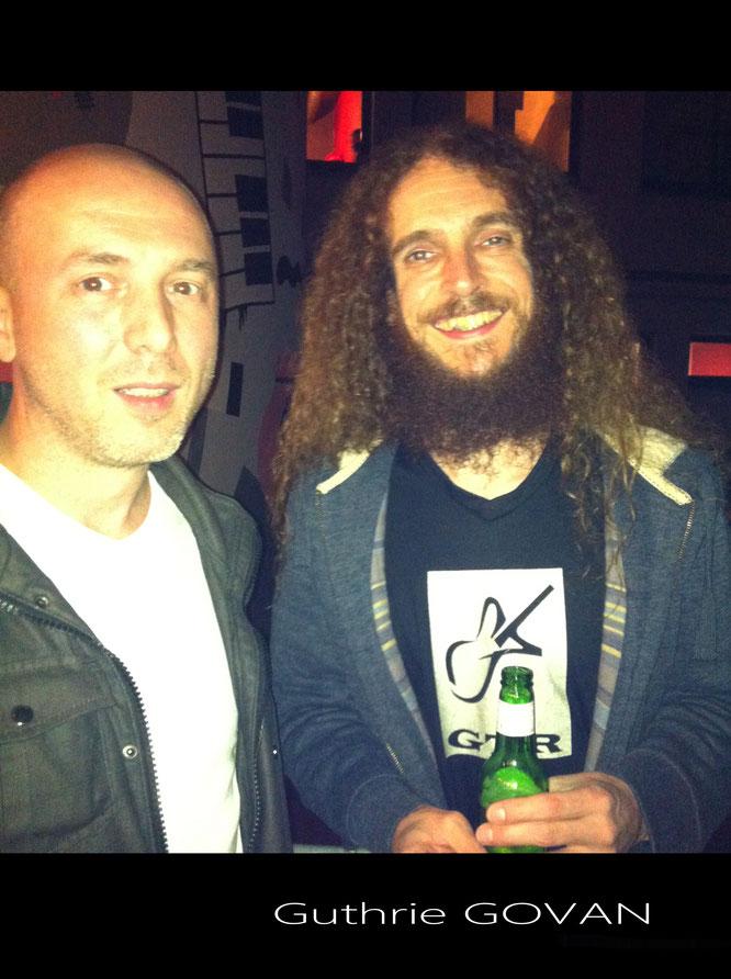 Phil G.Smith avec le guitariste Gutrhie GOVAN