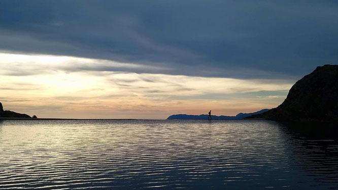 Les pluies de ces dernières semaines et la fonte accélérée de la neige permettent au lac du Crozet d'être bien rempli. Au départ de Freydières. Photo prise dimanche soir. Merci Lionel Brard.