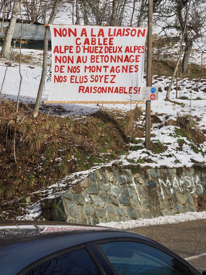 Hier en montant les lacets de l'Alpe d'Huez (voir billet ci-dessus).