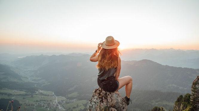 """""""Pourquoi j'aime aller en montagne ?"""". France Bleu Isère m'a invité ce matin pour une carte blanche. A réecouter en cliquant sur la photo."""