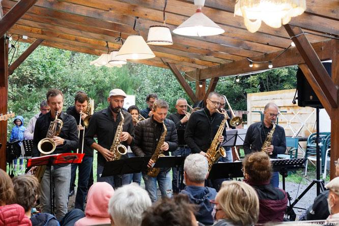 Merci Franck Benedetto pour l'album photo du concert de l'Usine à Jazz dimanche (sous la pluie). Merci aux artistes, merci au public ! Découvrez l'album avec un clic sur la photo.