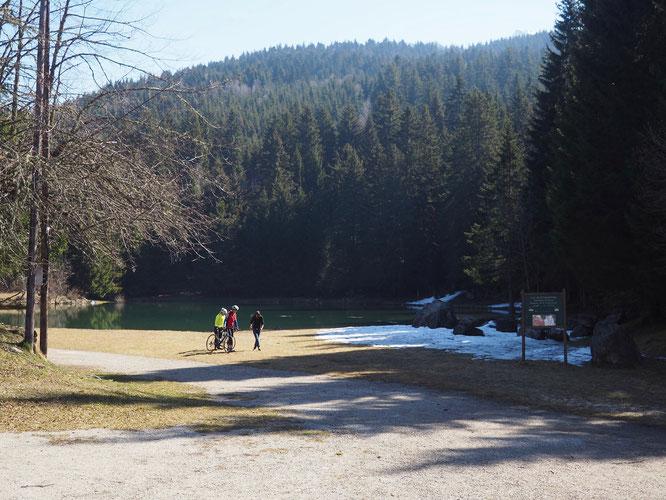 A moins de 30 minutes de Grenoble, le lac de montagne de Freydières... juste à coté de la Gélinotte !