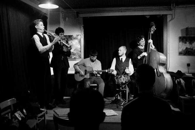 C'était vendredi soir à la Gélinotte, un superbe moment de Jazz New Orléans avec Canal Street Band. Merci à vous ! (voir le billet ci-dessous)