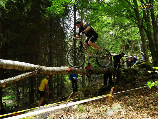 Aujourd'hui à Freydières, finale régionale de VTT trial