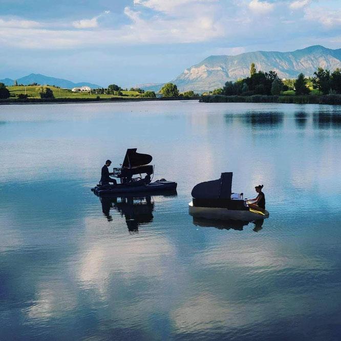 Piano du Lac est annoncé pour les 10 et 11 septembre à Freydières. Avec cette année deux pianos... Un événement à ne pas louper !