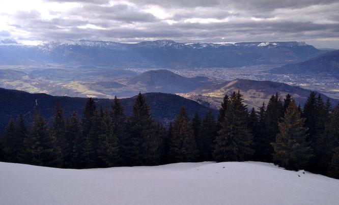 Hier en début d'après midi depuis la cabane de Colon. 1500m au dessus de Grenoble et seul au monde....