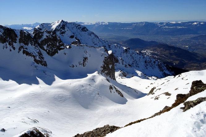 Très bonne sconditions pour le ski de rando actuellement. Ici, c'était hier au Col du Loup (2400m) au départ de Freydières. Maerci Cherko pour la photo (Skitour)
