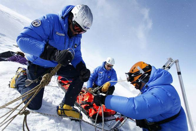Stage secours aux avalanchés aujourd'hui à la Gélinotte (voir ci-dessus)