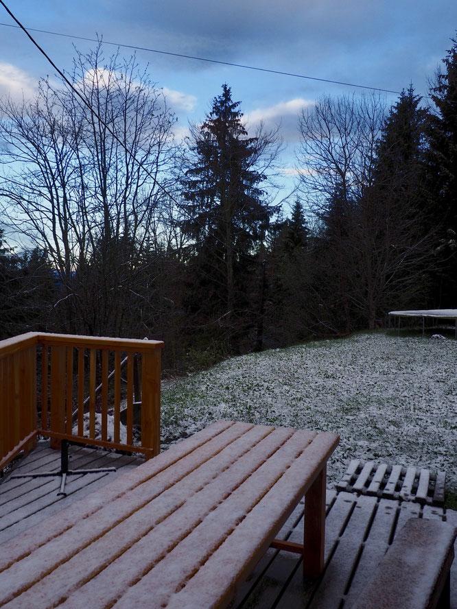 7h30 ce matin, une petite neige est arrivée jusqu'à Freydières. Elle ne devrait pas durer...