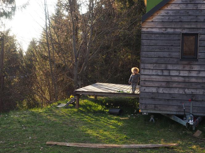 Depuis la Tiny House et le gîte d'étape de Freydières, Léni vous fait un petit coucou. Bientôt, c'est sûr, nous pourrons de nouveau vous y accueillir !