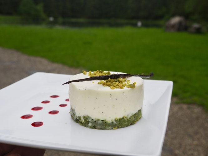 Le Cheesecake de la Gélinotte (fait maison et Bio), il a fait fureur hier et il sera présent encore aujourd'hui ! Merci à Tim notre cuisinier pâtissier.