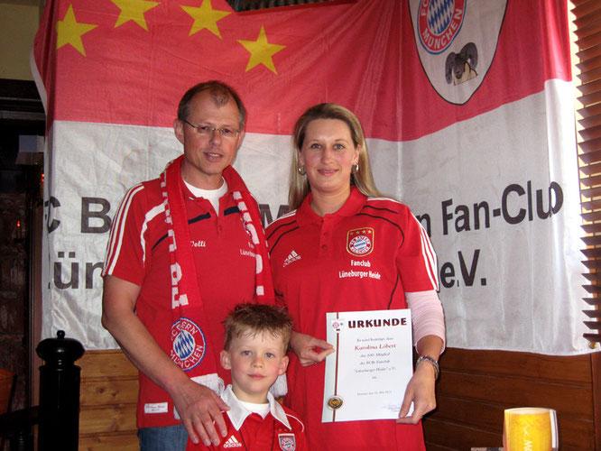 Präsident Wolfgang Fülling mit Karo und ihrem Sohn Kimi
