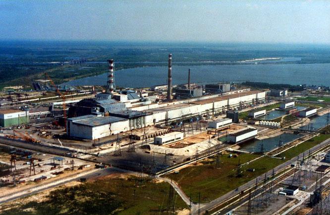 Чернобыльская АЭС, фото Википедия.