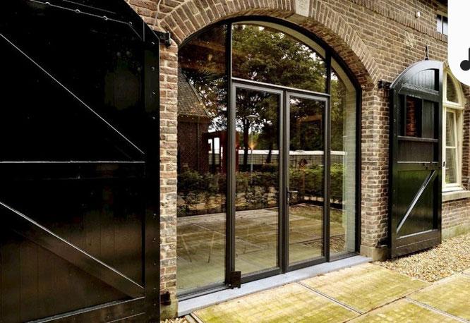 Het alternatief voor stalen deuren en ramen