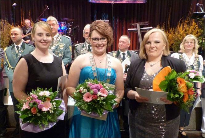 Yvonne Steffens (SSV Wingst, E-W), Mareike Heidhoff (SV Bützfleth, STD) und  Nadine Jörß (SV Scharnebeck, LG)
