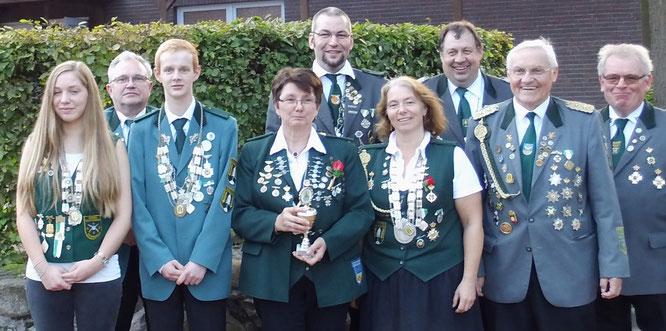 SSV Wingst mit starken Ergebnissen: Evelyn Lührs (Damen) und Lukas Schmidt (Jugend) errangen die Kreiswürde