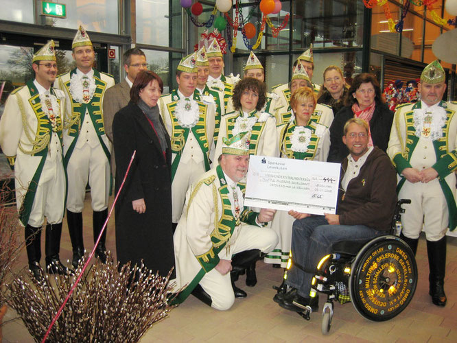 2007 Adventsaktion zu Gunsten der Multiple Gesellschaft Leverkusen