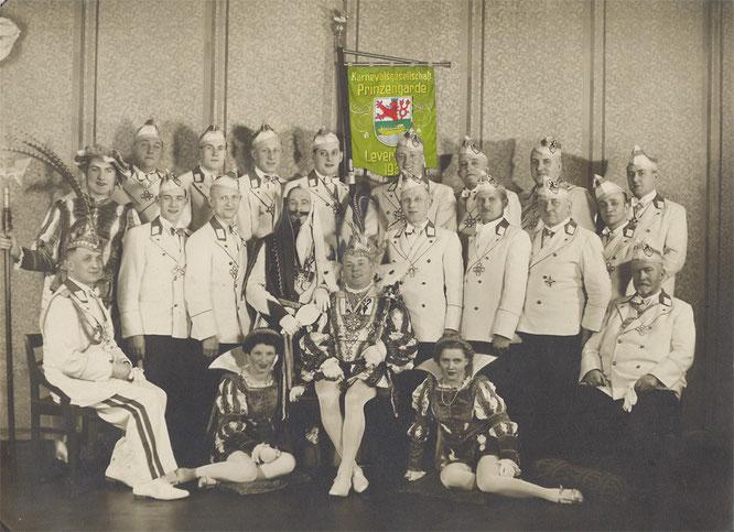 Prinzengarde 1939 mit Prinz Karl I.