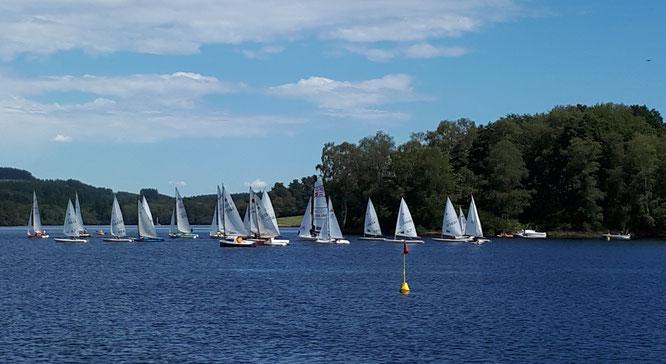 Les bateaux en cours de régate