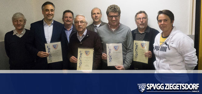 Die Vorstandschaft der SpVgg Ziegetsdorf konnte viele Vereinsmitglieder für langjährige Mitgliedschaft ehren