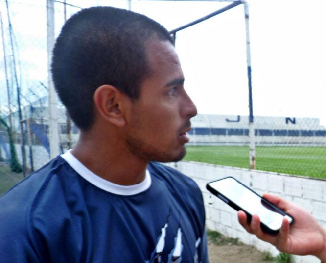 González sostuvo que dará lo mejor para lograr el objetivo del elenco comodorense.
