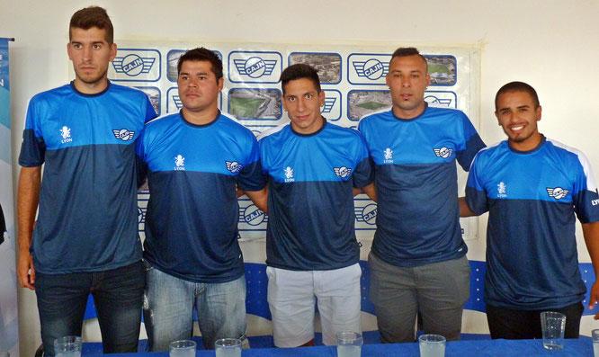 Newbery presentó a sus refuerzos foráneos: Abetti, Gómez, Sergi, Robles y González Blanco.