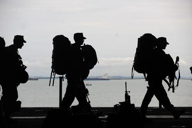 Marsch von Soldaten