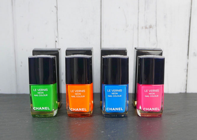 CHANEL Neon Wave Collection summer 2017 • FANTASTIC • ULTRASONIC • ELECTRIC • MAGNETIC • NEON NAIL COLOUR