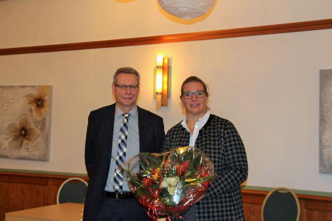 1. Vorsitzender Handwerkerverein Axel Haab mit Wirtschaftsministerin Anke Rehlinger
