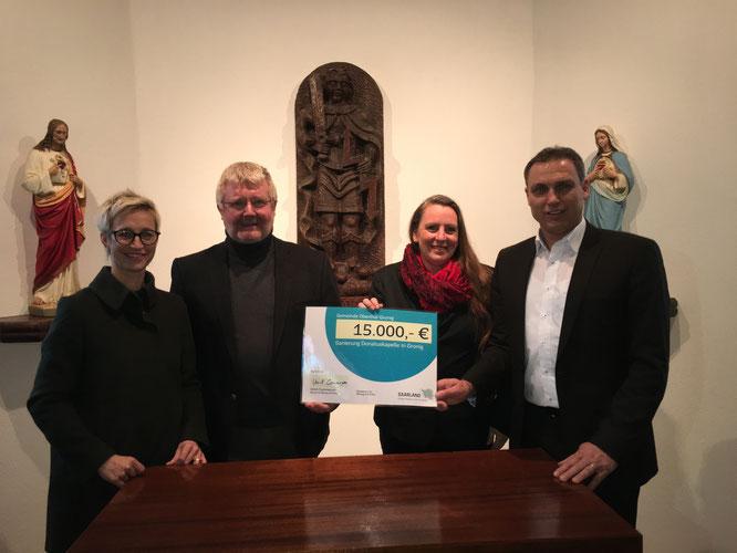Nadine Schön, Toni Schäfer, Andrea Becker und Bürgermeister Stephan Rausch