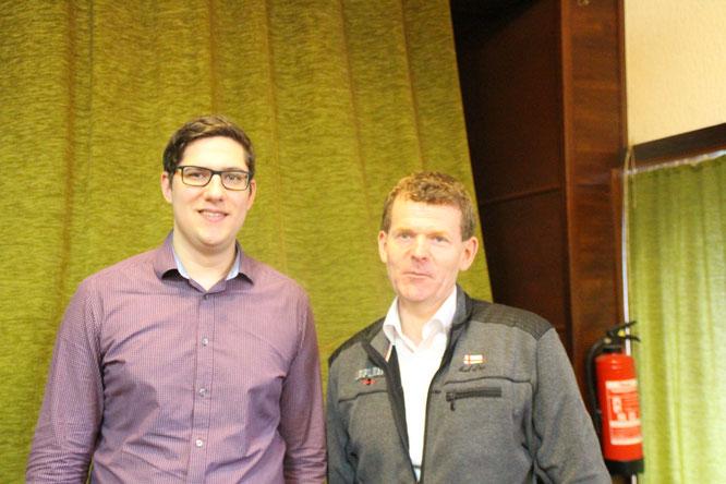 Matthias zusammen mit Klaus-Peter Schuch vom Pfarrgemeinderat St.Donatus