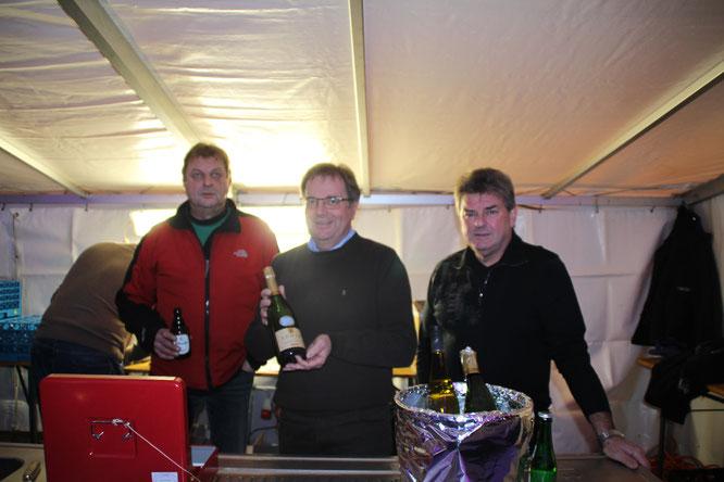 Oberthaler Wein - beste Schluckimpfung v.l Reiner Kron, Michael Maurer und Paul Schmidt
