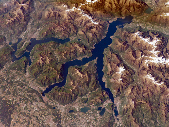 Lago di Como vista satellitare