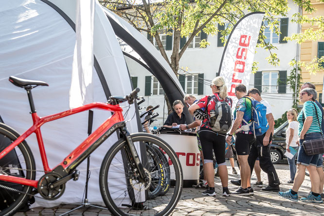 """Bei 20 Messen und Events können E-Bike-Begeisterte in diesem Jahr die Brose Antriebe direkt """"er-fahren"""". / Foto: Brose"""