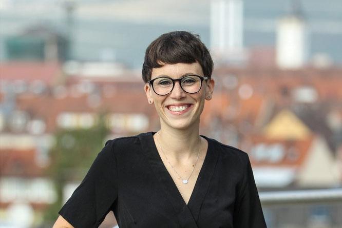 Laura Christ ist Head of Brand Management R Raymon