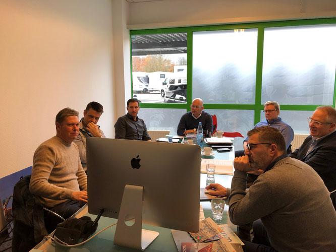 v.l.n.r.: Christopher Deschauer (Kinderfahrradfinder), Lars Röttger (IT Partner), Marco Rossmann (Jugendsekretär BDR), Andreas Szygiel (SCOOL), Ulrich Fillies (Beiratsvorsitzender AfR) Klaus Markl (Vizepräsident Jugend BDR),  Axel Böse (SCOOL)
