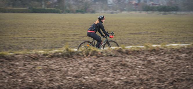 Neu von Decathlon: Gravel Bike GRVL 120