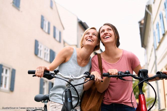 Der pressedienst-fahrrad hat zehn Aspekte ausgemacht und erklärt, warum sich bereits eine halbe Stunde regelmäßiges Radfahren positiv auf Leib und Seele auswirkt.