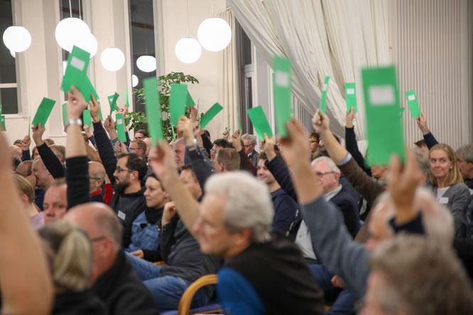 VSF-Vorstand im Amt bestätigt - Mitglieder wählen alle vier Vorstände mit großer Mehrheit