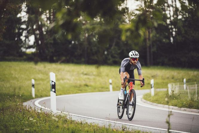 """Das SCULTURA TEAM steht für niedriges Gewicht, Compliance, Reaktionsfreude, """"klassischen"""" Look und rennerprobte Performance"""