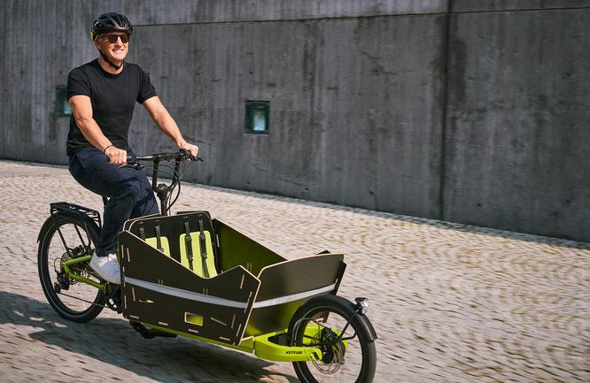 Auch KETTLER Alu-Rad Markenbotschafter Bastian Schweinsteiger war schon mit dem CARGOLINE FS 800 unterwegs.