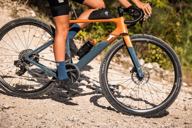 Nach umfangreichen Tests im Labor und auf unseren üblichen Teststrecken wurden die Laufräder Anfang September beim diesjährigen Badlands in der spanischen Gorafe- und Tabernas-Wüste getestet