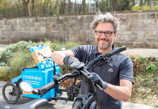 Stefan Dietrich hat sich mit mobivelo während der Corona-Zeit beruflich neu aufgestellt. Rad-begeistert war er schon immer. Um einen Ausgleich zu seiner Tätigkeit als Vertriebsprofi zu schaffen, hat er den Service rund ums Rad jetzt professionalisiert.