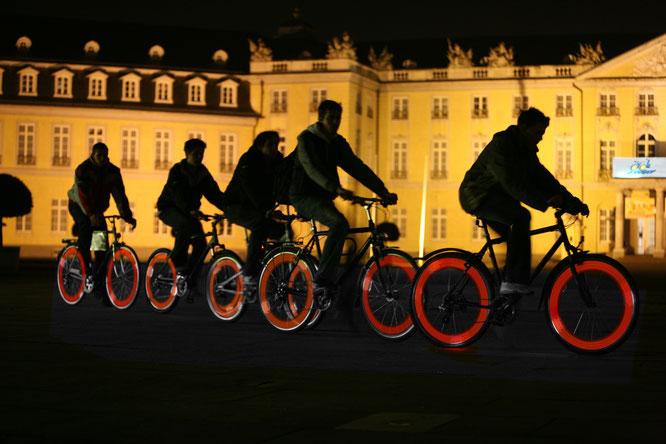 Es werde Licht: Praktische Tipps zum sicheren Radfahren in der dunklen Jahreszeit vom ADFC Rheinland-Pfalz.